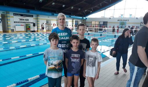 Udział uczniów SP nr 1 w Dobczycach w Wojewódzkich Igrzyskach Dzieci w Pływaniu