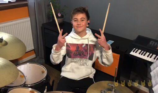 Orkiestra online #wdomuzagrane arr. Adam Sztaba z udziałem naszego ucznia- Nikodema Bączyńskiego z klasy 6a.