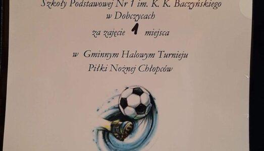 Szkoła Podstawowa nr 1 w Dobczycach najlepsza w Gminnych Halowych Zawodach w Piłce Nożnej Chłopców!